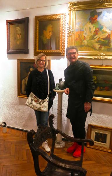 Katharine Siegling, Präsidentin Never Give Up, und der Kunstsammler Eduard Uzunov