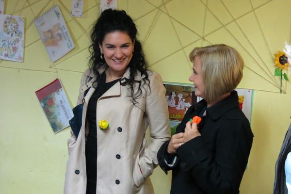 Konsul Ramona Chiriac und Katharine Siegling