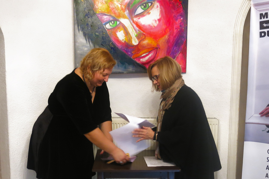 Nicoleta Zagura and Katharine Siegling
